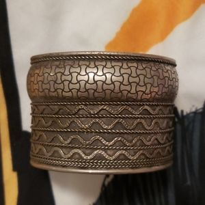 Vintage metal wrist cuff for small woman